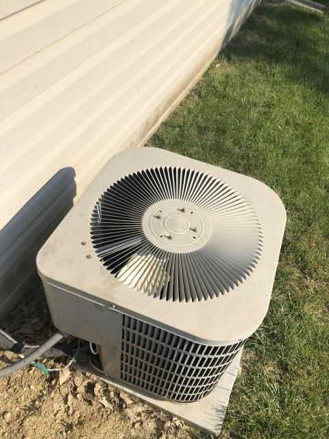 Lebanon, OH - I performed a diagnostic on a Goodman AC. I determined that the fan was going out and the contractor was bad. Customer did not want to replace contractor.