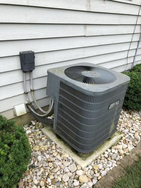 Hamilton, OH - I performed a diagnostic on an Amana AC. I determined that Compressor is locked up. Advised client I could try putting a hard start on it but there's no guarantee that'll work and it's simply a band aid. Client opted out for a new unit.