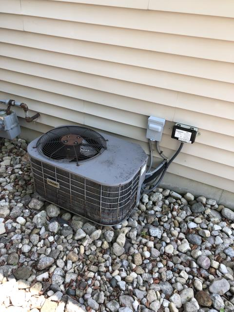 Hamilton, OH - I completed a diagnostic service on a Luxaire AC unit. I turned system on and inducer kicked on, blower was out on overload and A/C was on. Circuit board is completely fried (look at pics). blower motor is basically done for. Client is financing a new system, waived diagnostic