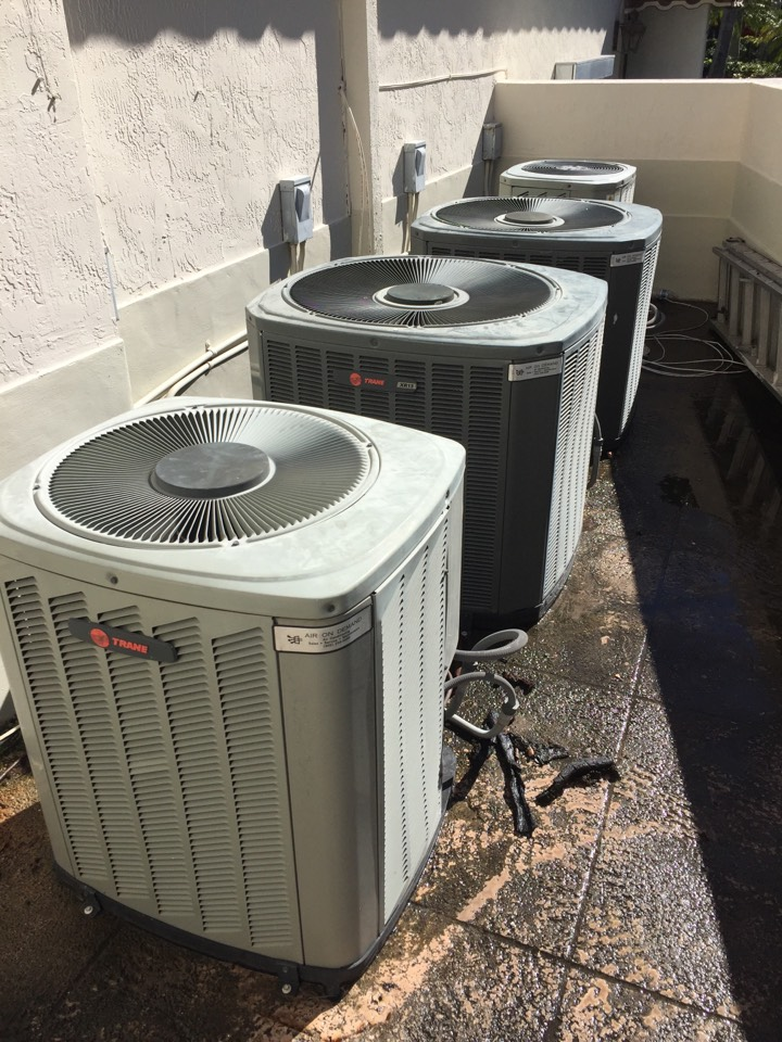 Coral Gables, FL - 31 point maintenance on 4 Trane systems