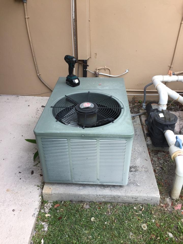 Palmetto Bay, FL - AC diagnostic on a 2ton Rheem system