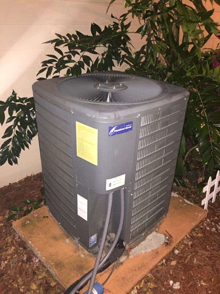 Miami, FL - Diagnostic on a 4 ton Goodman system