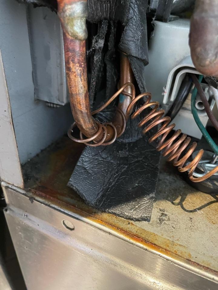 Austin, TX - Drawer freezer warm. Leak in cap tube and bad compressor.