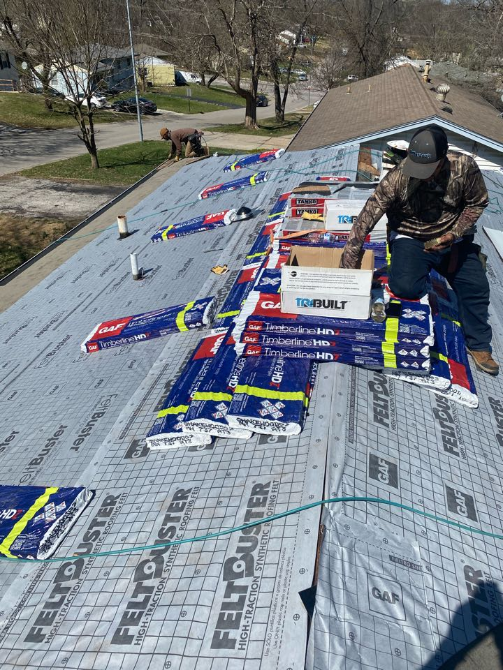 Kansas City, MO - 2 layer tear off.  New underlayment is installed getting ready for some née shingles.