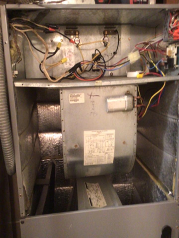 Santa Clara, UT - Bryant heat pump not working/cooling. Diagnosed bad electrical.