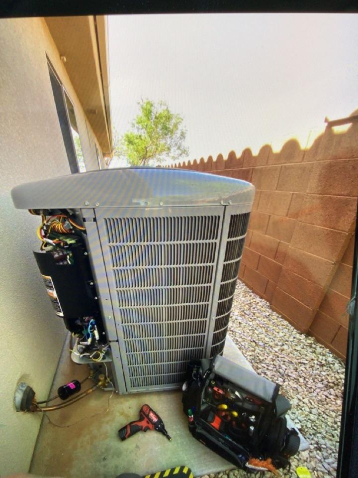 St. George, UT - Carrier air conditioner maintenance