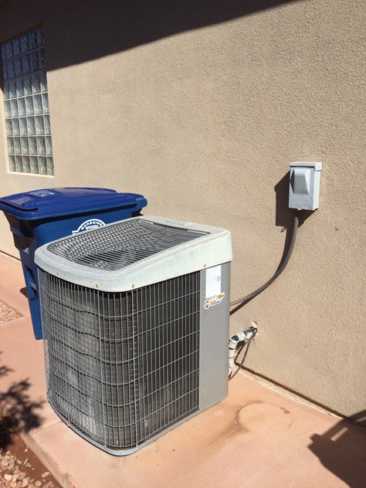 St. George, UT - Air conditioning maintenance.