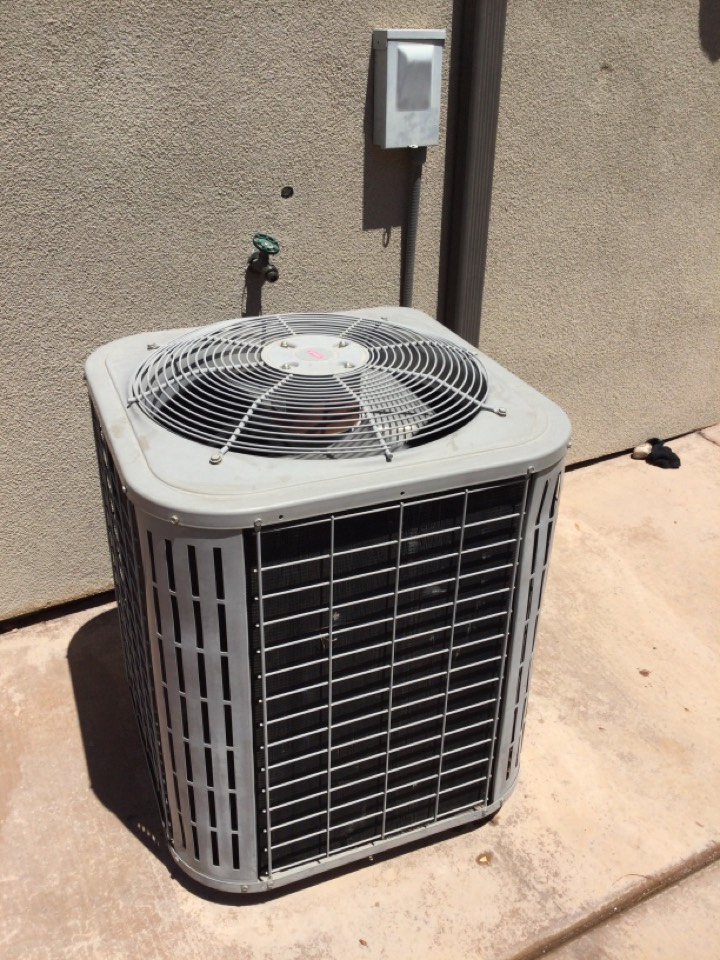 St. George, UT - Maintenance on Bryant air conditioning.