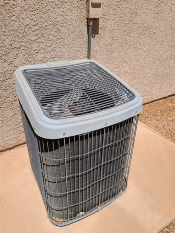 Hurricane, UT - Tempstar system not cooling. Wants quote for new system replacement.