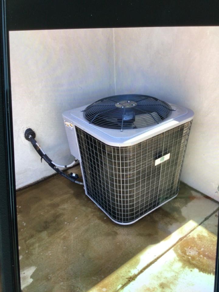 Washington, UT - Day and night air conditioner maintnenance