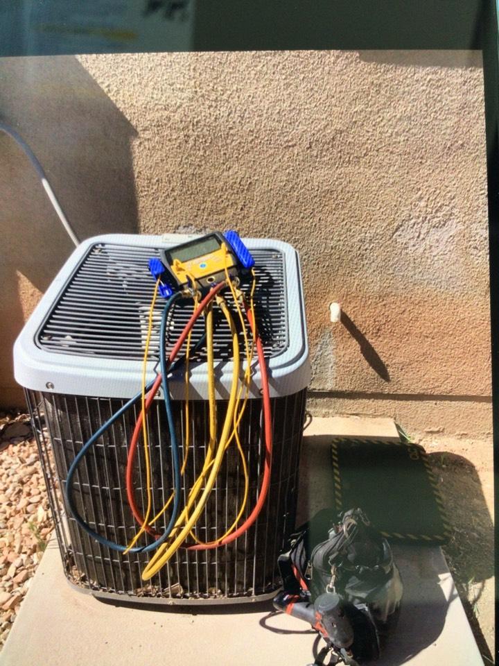Cedar City, UT - Leaking air conditioner r22