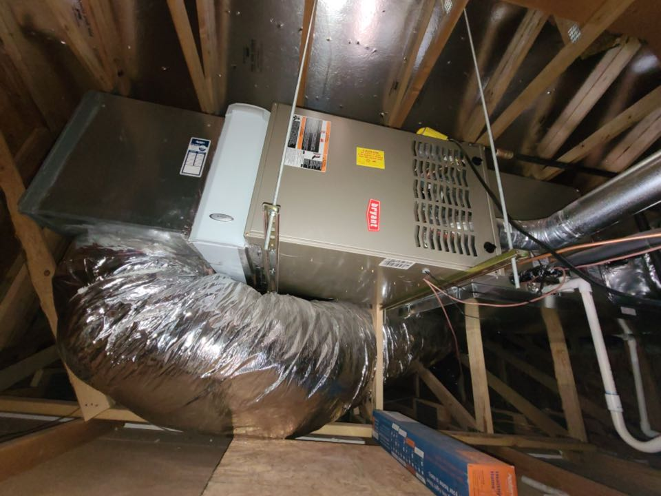 Ivins, UT - Maintenance on Bryant furnace. Indoor air quality service.