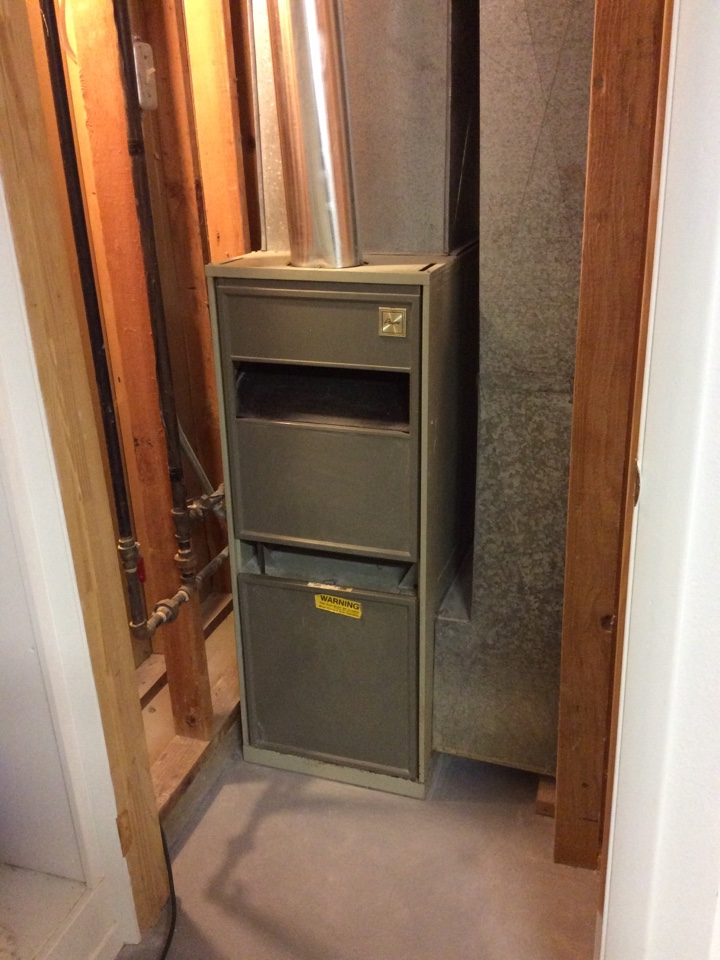 Salt Lake City, UT - Replace Payne furnace with new Lennox furnace
