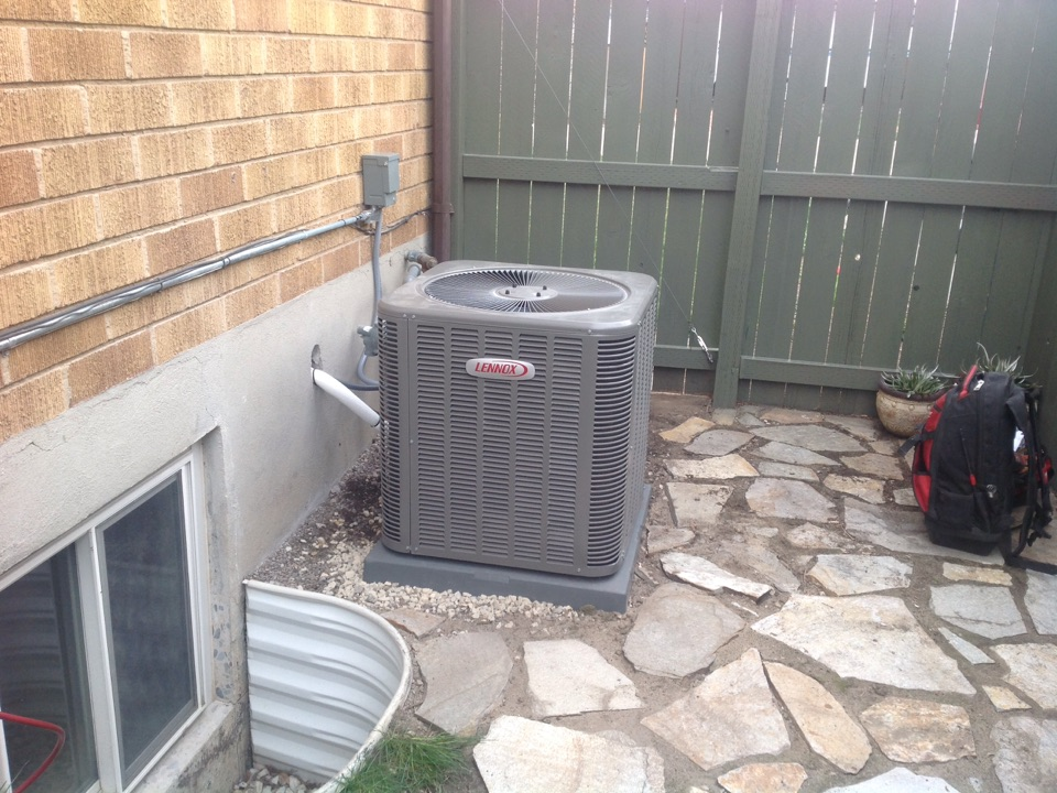 Cottonwood Heights, UT - Install Lennox 16 seer high efficiency air conditioner