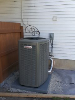 American Fork, UT - Install new Lennox 16 SEER 2 stage Air-conditioner.