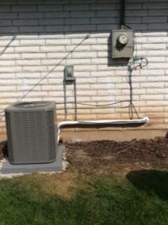 American Fork, UT - Install new Lennox 13 SEER Air-conditioner.