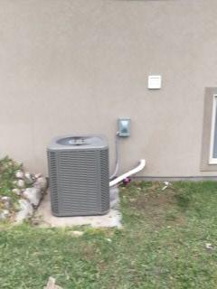 Santaquin, UT - Install new Lennox 13 SEER Air-conditioner.