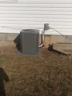 Santaquin, UT - Install New Lennox 13 Seer air conditioner.