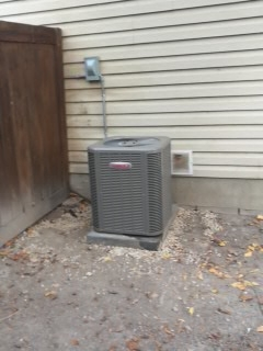 Pleasant Grove, UT - Install New Lennox 13 Seer air conditioner.