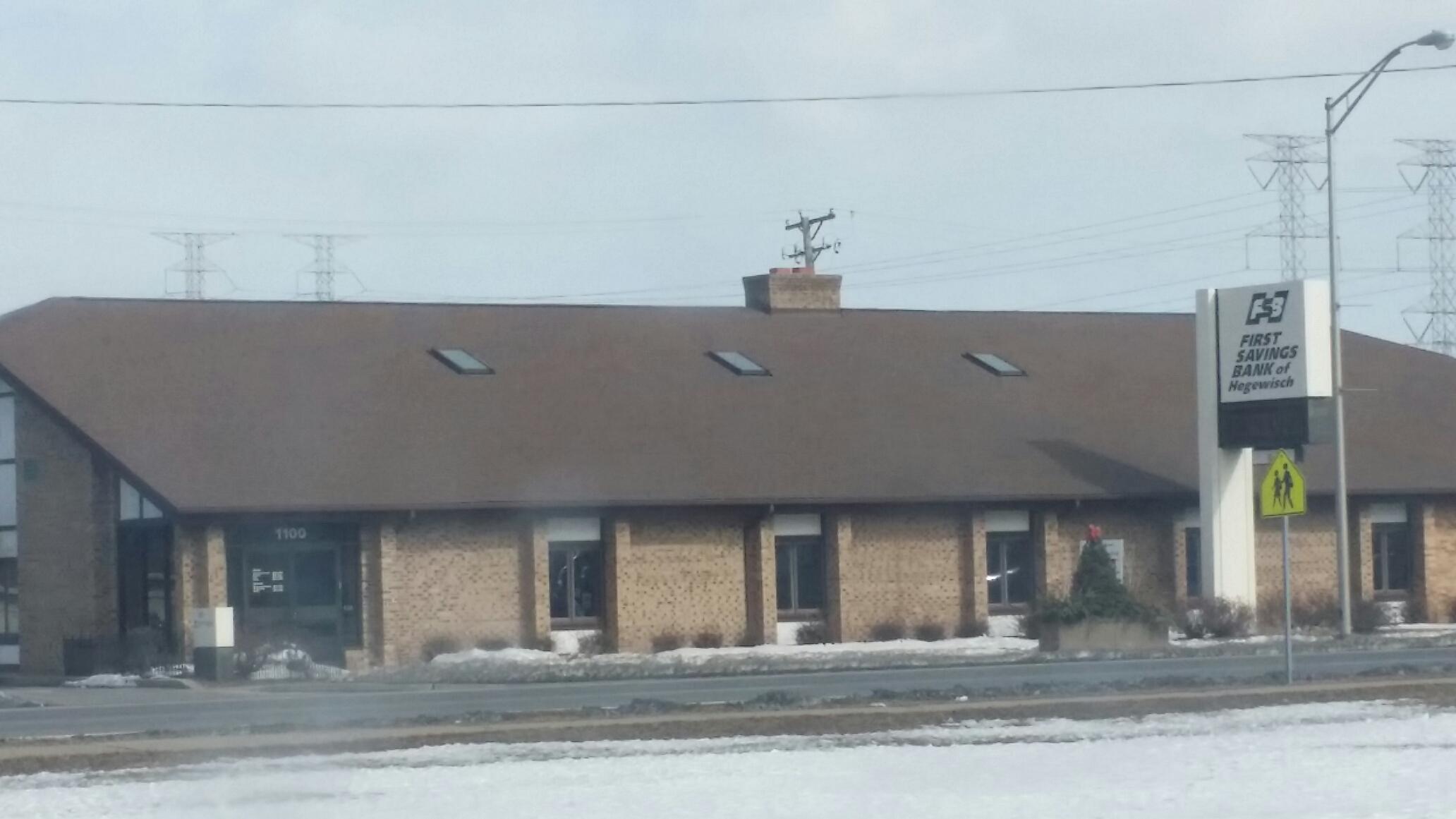 Calumet City, IL - Certainteed Landmark Heatherblend with new Velux skylights.