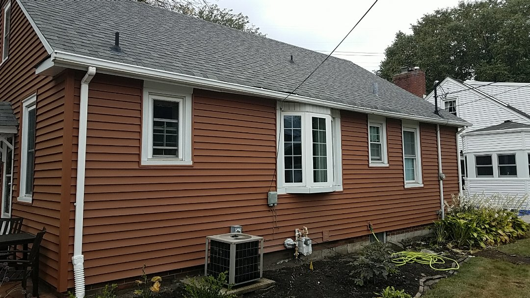 Highland, IN - New gutters and downspouts!