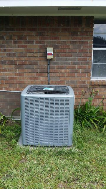 Baton Rouge, LA - Another job complete and another happy customer! Brought to you by your #1 Daikin Comfort Pro!
