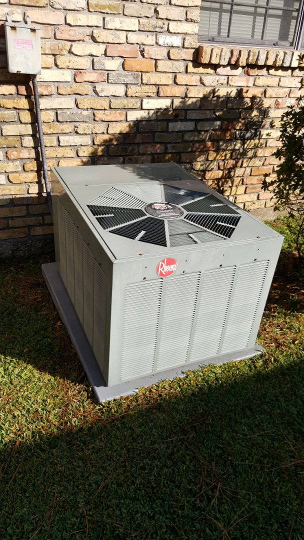 Baton Rouge, LA - Finishing a precision tuneup on a rheem furnace and condenser in a single family home in baton rouge, la