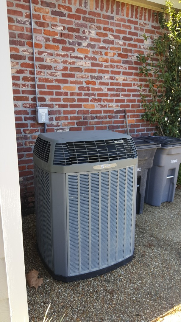 Baton Rouge, LA - Finishing a precision tuneup on a trane furnace and condenser in a single family home in baton rouge la