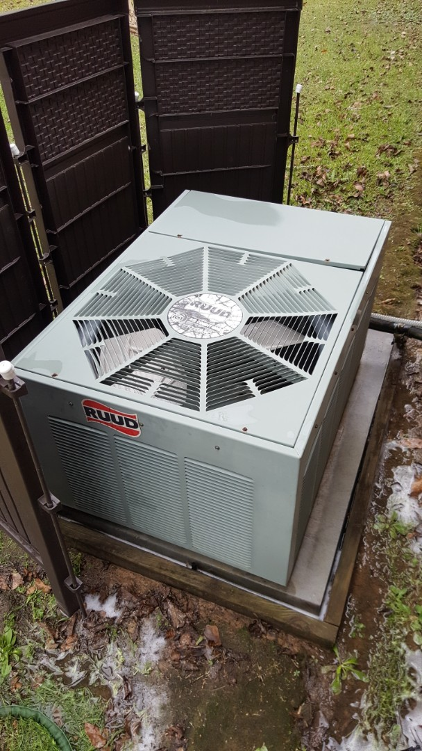 Walker, LA - Finishing a precision tuneup on a trane air handler and a ruud condenser in a single family home in walker la