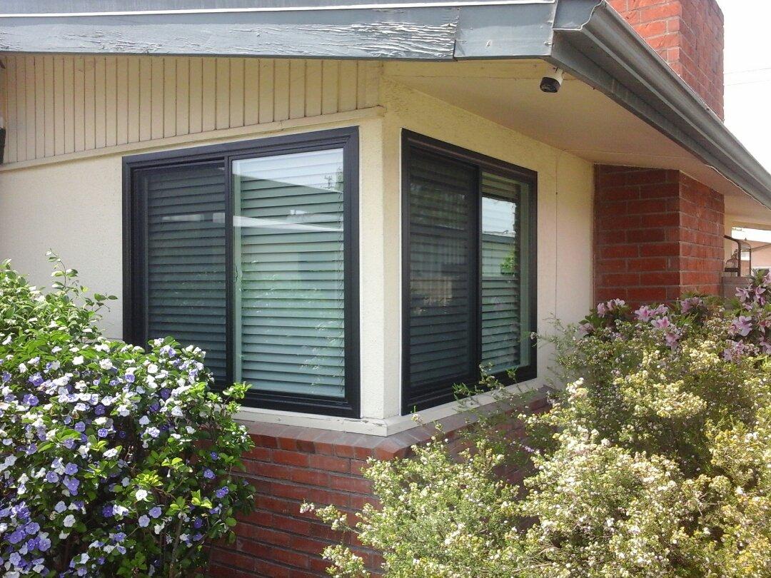 Glendora, CA - Replacing windows!!!
