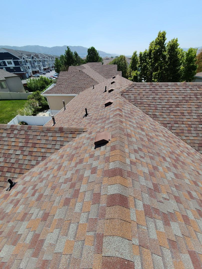 Layton, UT - Free leak repair and full roof replacement estimates on a condo complex