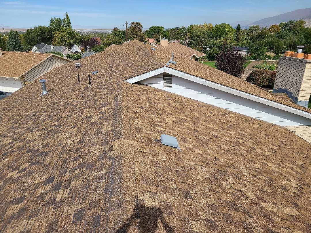Bountiful, UT - Free estimate for a tear off. Soffit, fascia and gutter referrals.