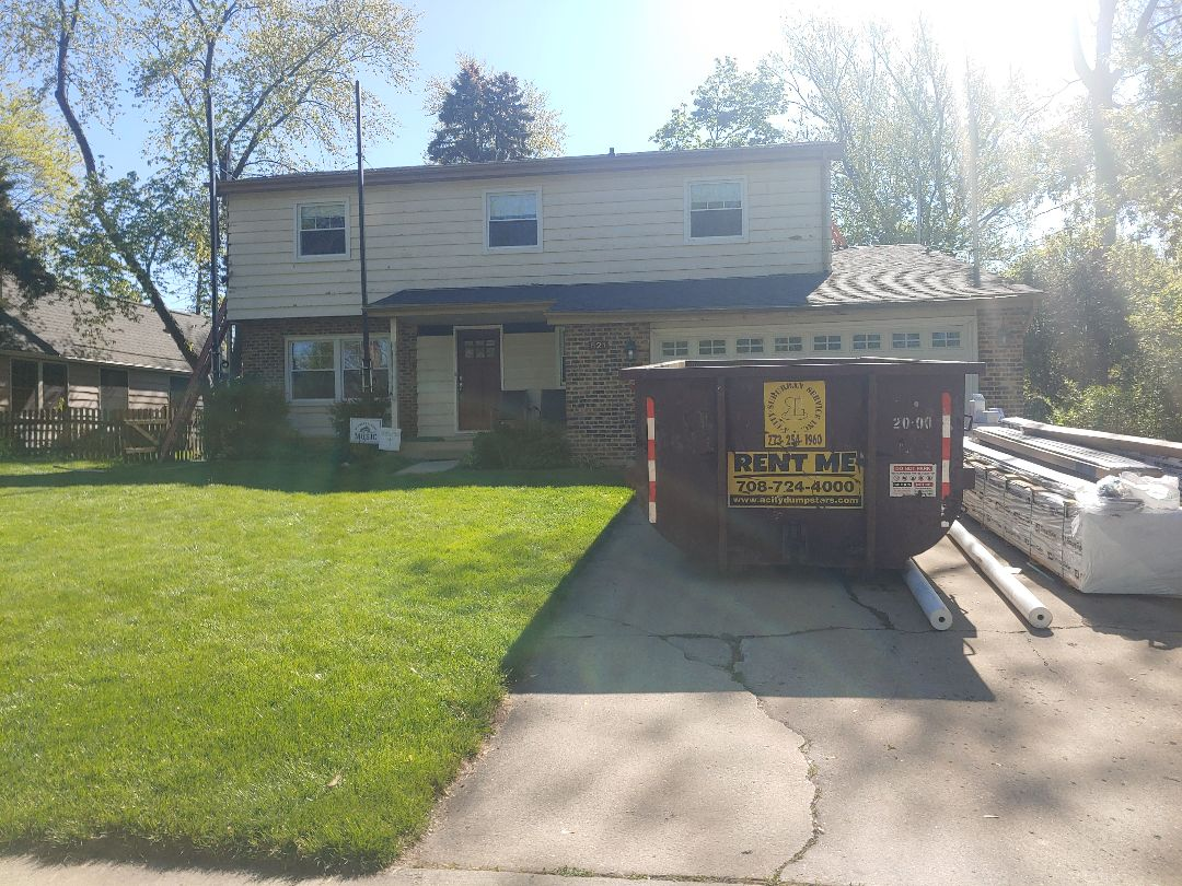 Glen Ellyn, IL - New LP smart siding going up due to storm damage last year