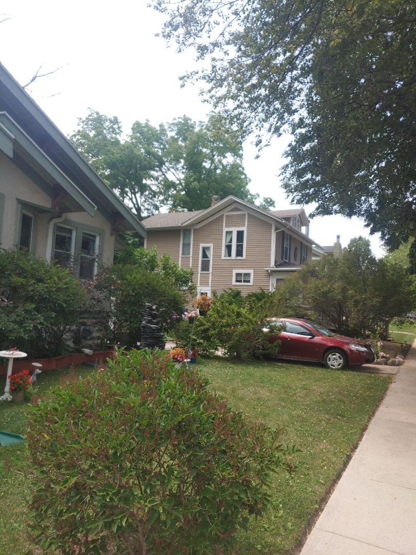 Delavan, WI - Completing a new roof with GAF architectural shingles, a Free estimate always given