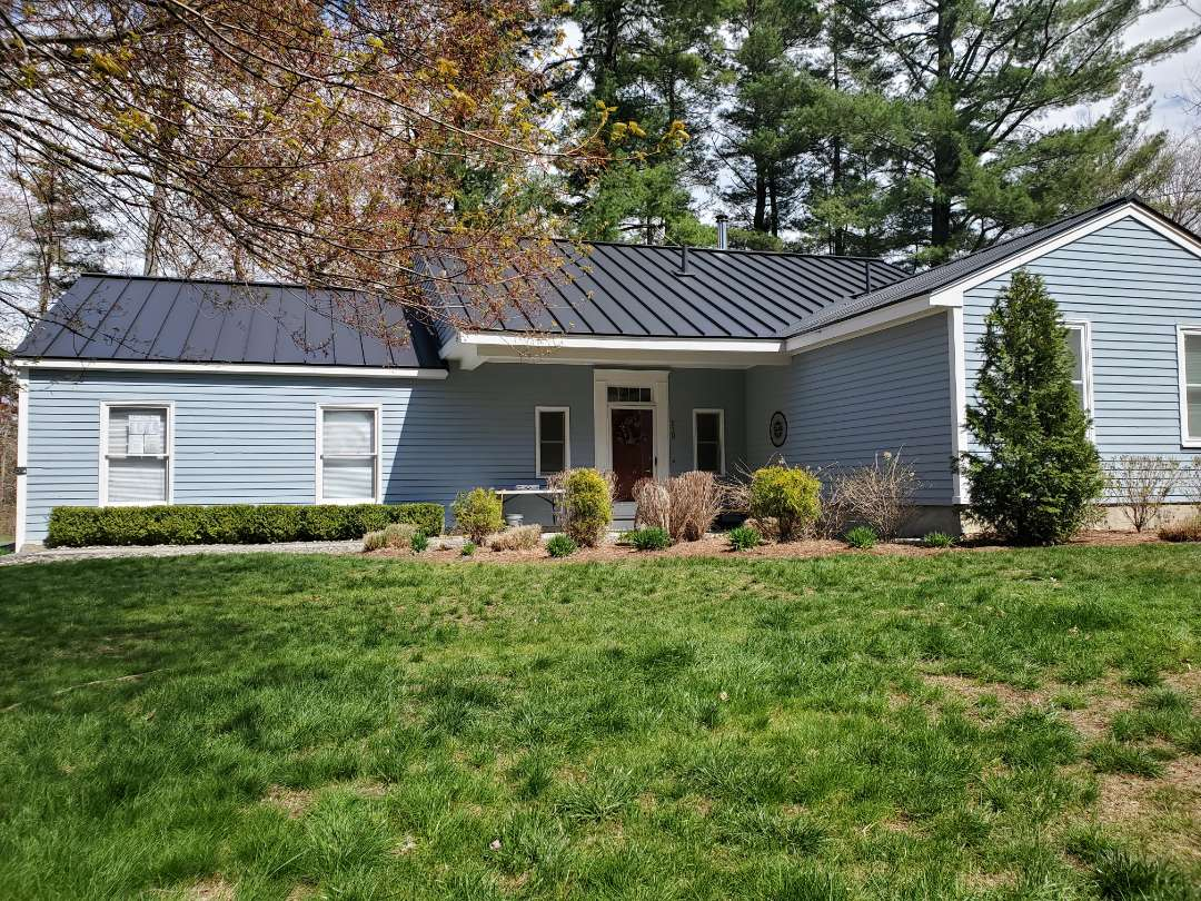Acton, MA - Aluminum metal standing seam roof  complete before mothers day.