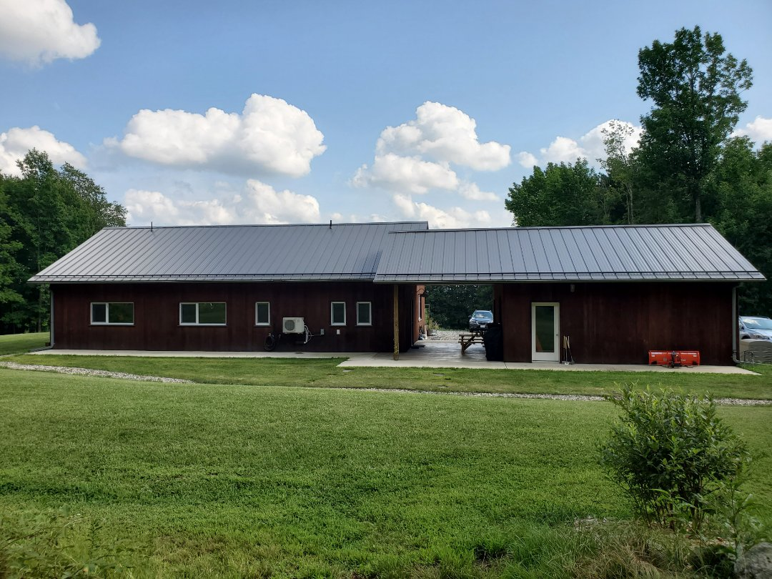 Leominster, MA - Standing seam metal roof with snow rails