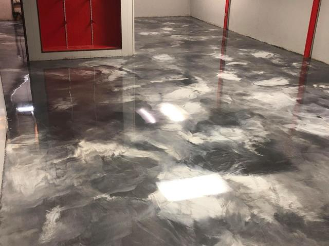 Mason, OH - Epoxy floors and epoxy garage floors are not just your typical concrete paint.