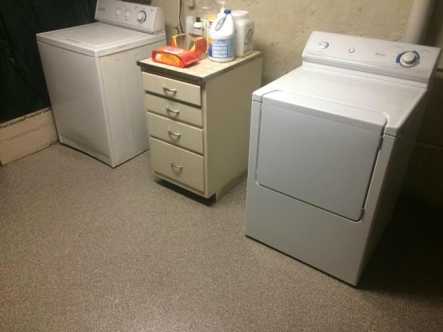 Lebanon, OH - Laundry rooms must be tough and durable to stand against loads of laundry it faces weekly. Why not look amazing while doing it!