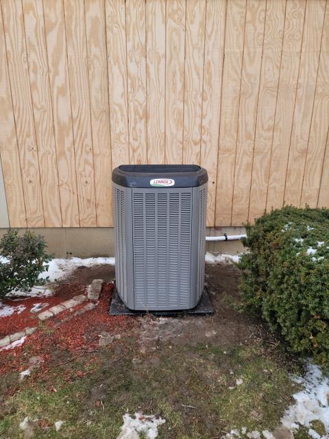 Mendota, IL - Installed Lennox furnace & AC