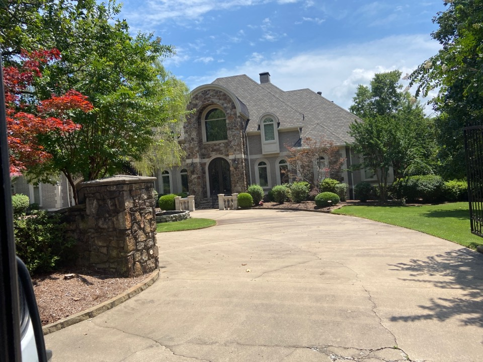 Little Rock, AR - Complete roof replacement