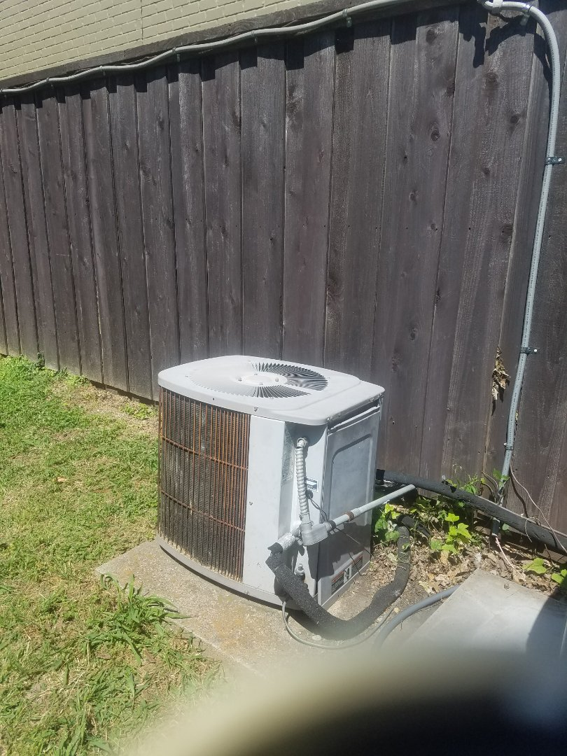 Dallas, TX - Service call / AC air conditioning not cooling