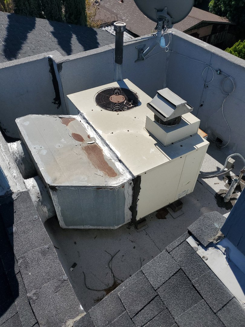 Pasadena, CA - Changing out old condenser.