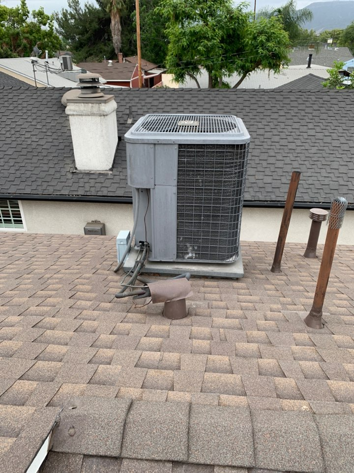 Burbank, CA - Full system change out and ducting condenser on roof here in Burbank