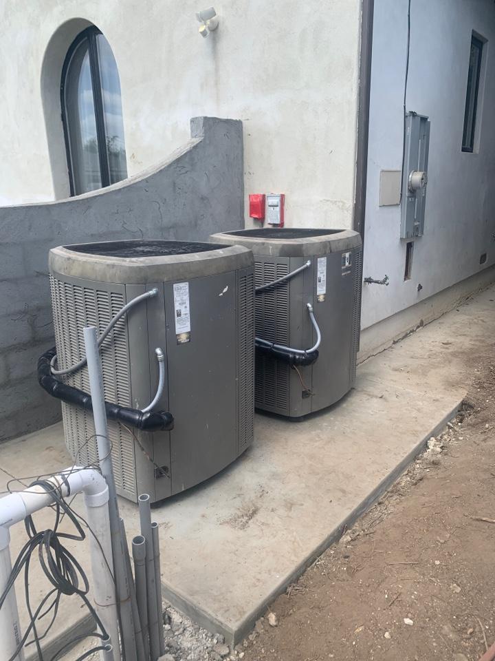 Montebello, CA - Re installed two XC 21 units one 4 ton one 3 ton Lennox here in Montebello