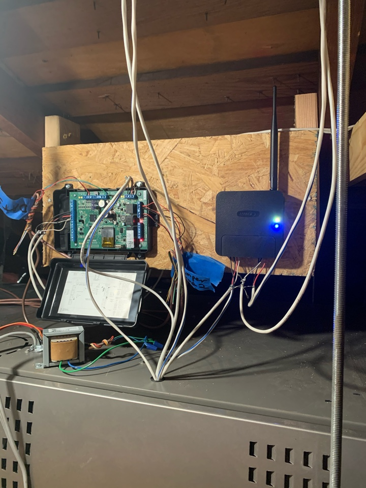 Burbank, CA - Finishing the wiring for 3 ton lennox variable speed system with zoning  here in Burbank