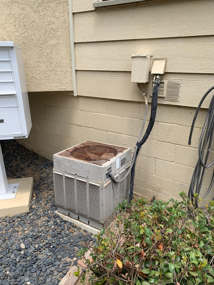 Pasadena, CA - Detail of a New 2 1/2 ton system going in here  in Pasadena