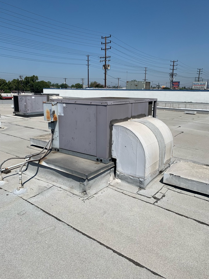 Burbank, CA - Detail of Changing out this old 3 phase 5 ton package unit for a Comercial building here in Burbank
