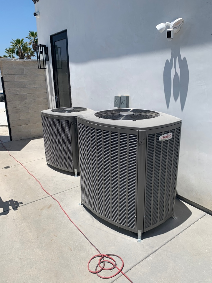 Glendale, CA - Systems installed ready to start up but have no power . Once they have power connected we will start and test the systems here in Glendale