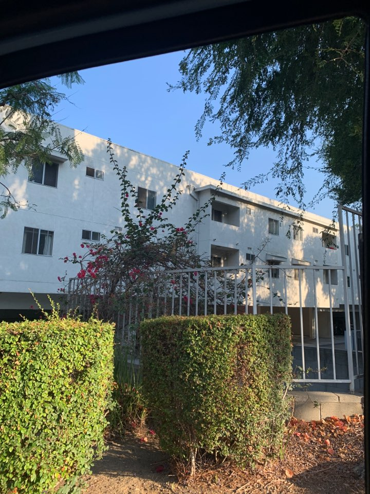 South Pasadena, CA - Package unit change out in an apartment here in south Pasadena