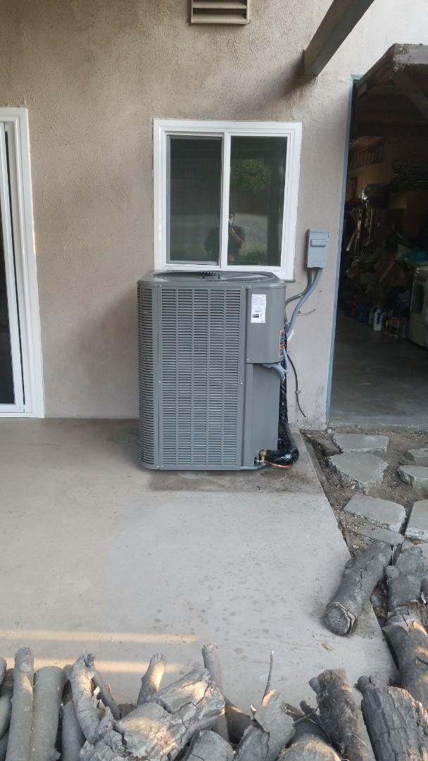 Altadena, CA - New condenser install. Fully operational. Here in altadena CA